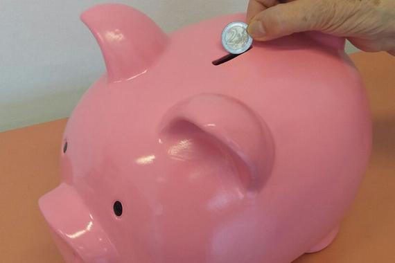 Geldspenden für die VinziWerke (© VinziWerke)