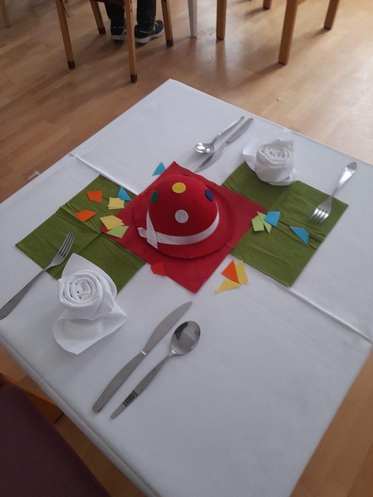Der gedeckte Tisch im VinziDorf (c) VinziWerke